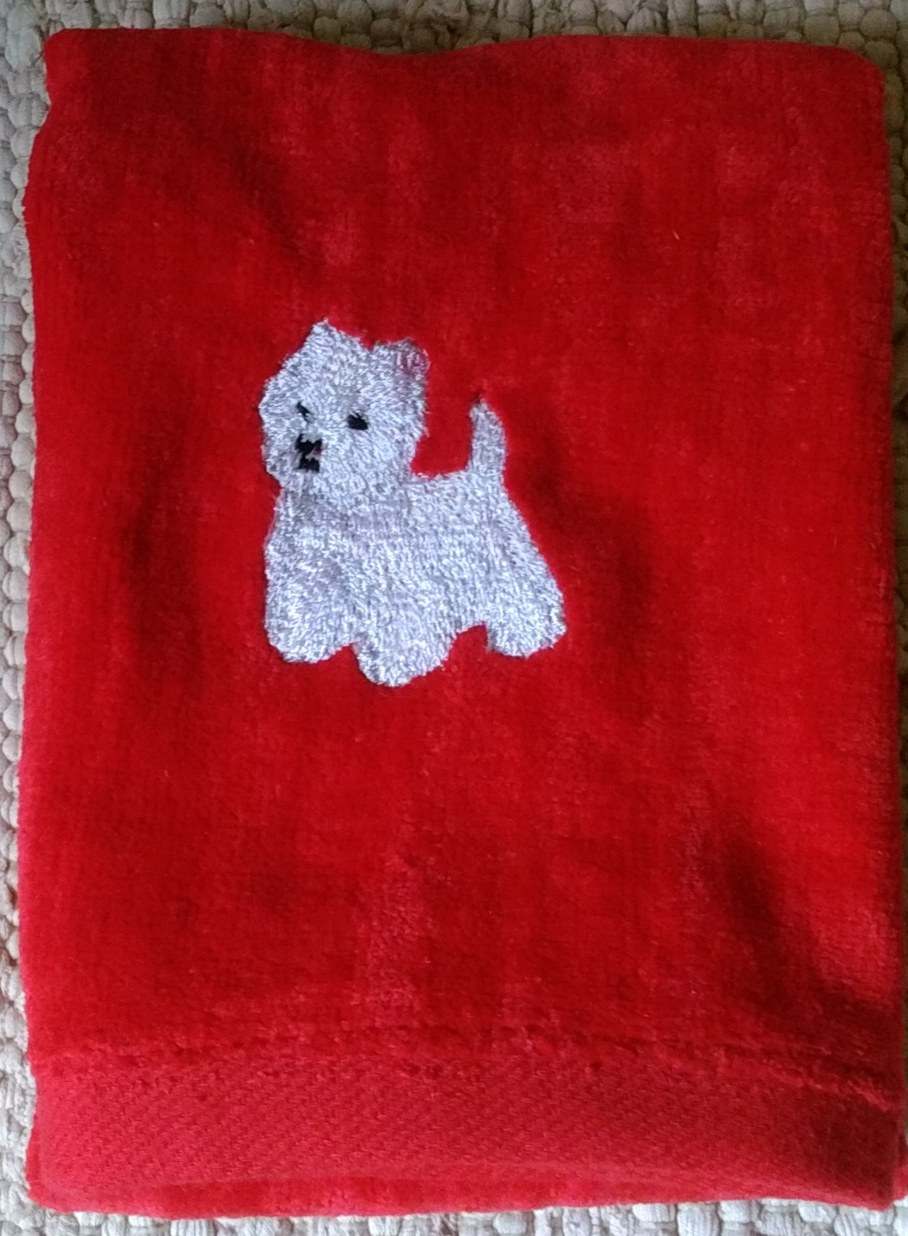 towel red West 2